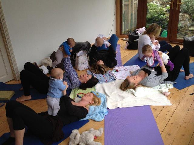 mm and baby yoga class